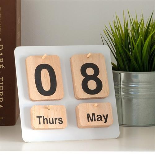 calendar lemn natur 0