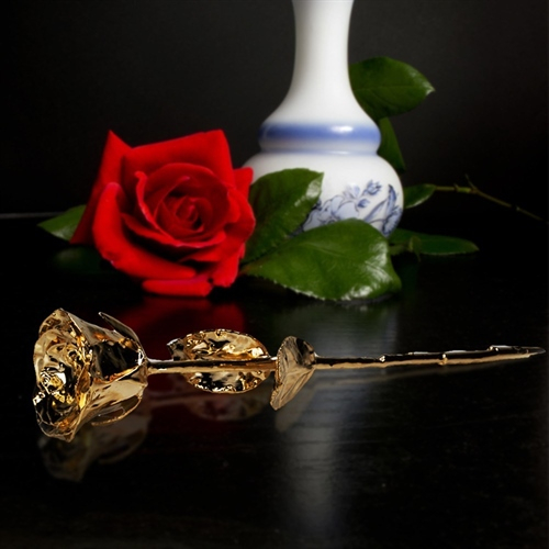 trandafir placat cu aur
