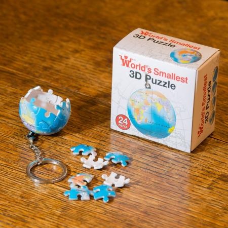 Breloc Puzzle Glob Pamantesc 3D0