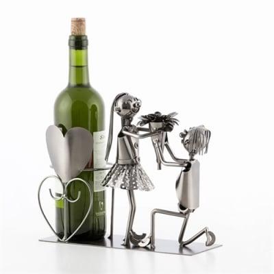 Suport sticle vin Cuplu indragostit1