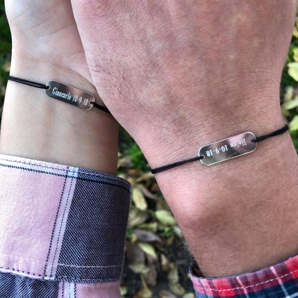 Bratari cuplu personalizate - Placuta argint gravata text, bratari cu snur 2