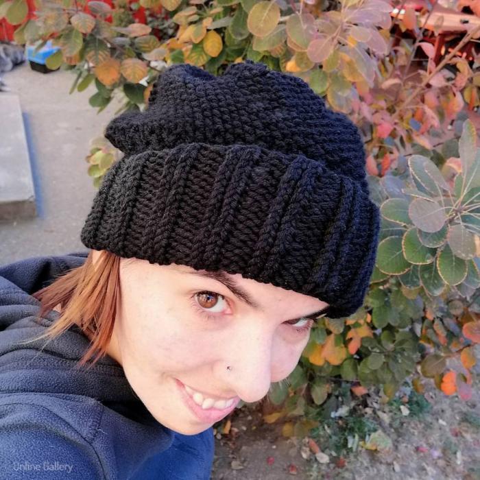 Caciula tricotată cu pompon 1