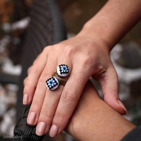 Inel handmade cusut cu Motive Traditionale