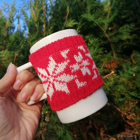 Cană îmbrăcată de Crăciun - Roșie0
