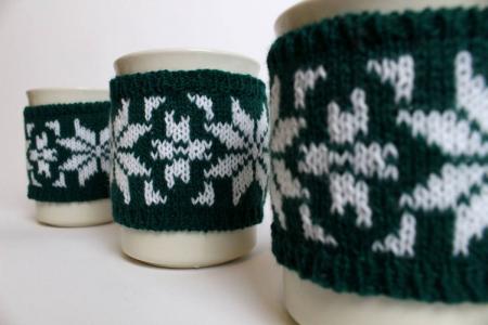 Cană îmbrăcată de Crăciun - Verde