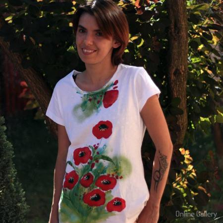 Tricouri pictate cu maci – tricouri handmade de vară0