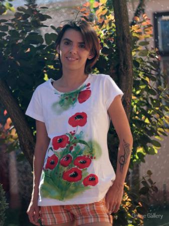 Tricouri pictate cu maci – tricouri handmade de vară1