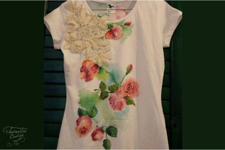Tricou pictat trandafiri vintage cu mileu1