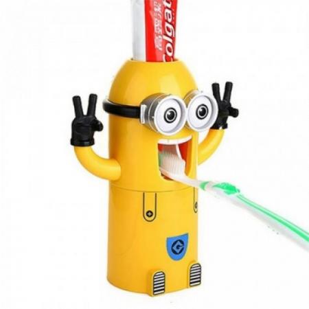 Dozator pasta de dinti cu suport pentru 2 periute, model Minions0