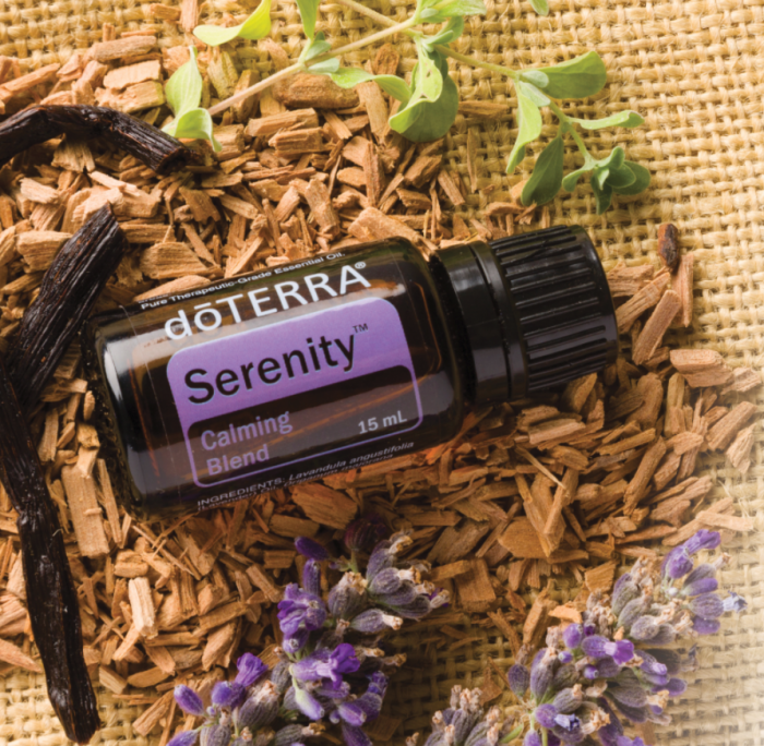 Amestec de Uleiuri Esentiale Serenity, 15 ml, DōTerra [1]
