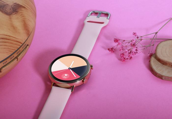 Ceas inteligent (smartwatch) SW07 cu apelare, difuzor si microfon incorporat, IP68, ecran cu touch 1.28 inch color, moduri sport, pedometru, puls, ECG, notificari, auriu [4]