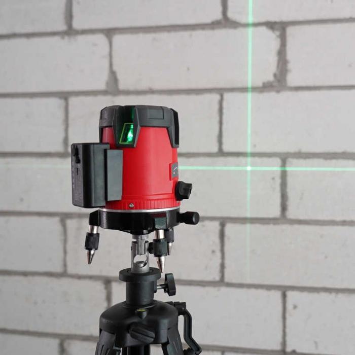 Nivela laser 360° Uni-T LM530, dioda verde, 4 puncte, 3 linii, 510-515nm, ±3mm/10m, autonivelare 3°±1° [2]