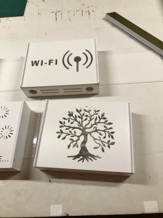 Suport Router Wireless Tree 60x40x10 cm, alb, pentru mascare fire si echipament Wi-Fi, cu posibilitate montare pe perete Optimus AT Home [3]