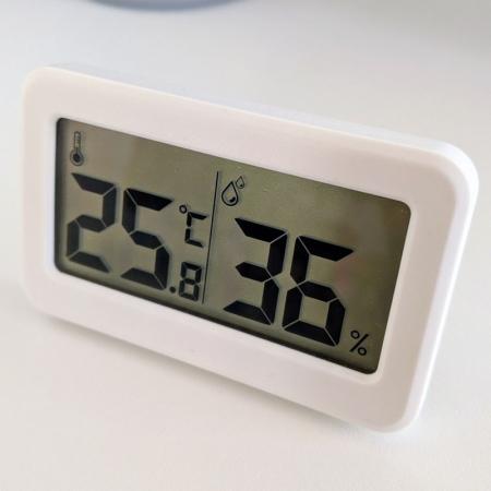 Termometru Higrometru pentru frigider, interval -10 +70°C, model 3228 H alb / negru [1]