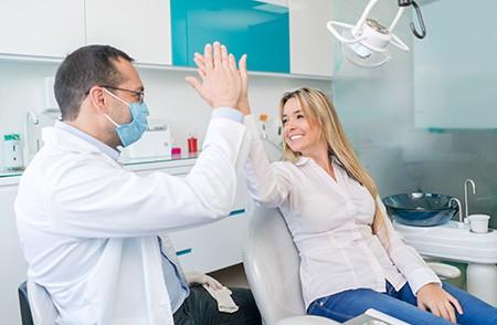 Când trebuie să mergi la medicul stomatolog