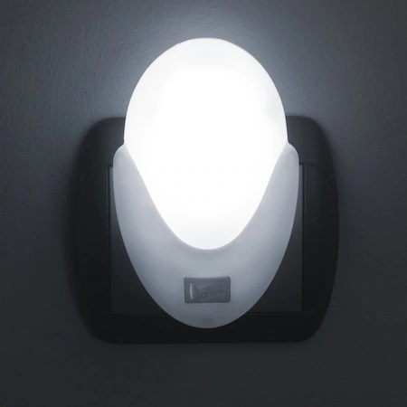 Lampa LED cu Lumina de Veghe Pentru Priza, Intrerupator si Buton On/Off, Lumina Alba, Consum Redus 2W, Universal, Alb 0