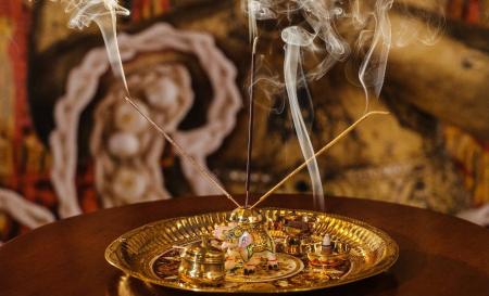 Set 56 Betisoare Parfumate cu 4 Arome Diferite pentru Aromaterapy si Relaxare, Iasomie, Vanilie si Miere, Santal, Lavanda, Original Deals® [1]