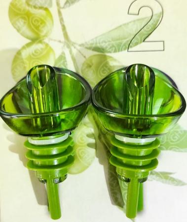 Set 2 Dopuri din PVC pentru Sticle de Ulei Masline si Ulei Floarea Soarelui, Model Premium Universal, Verde [2]