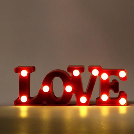 Lampa de Veghe cu Lumina Ambientala cu 11 Becuri LED Lumina Calda, Rosu - Love cu Lumini1