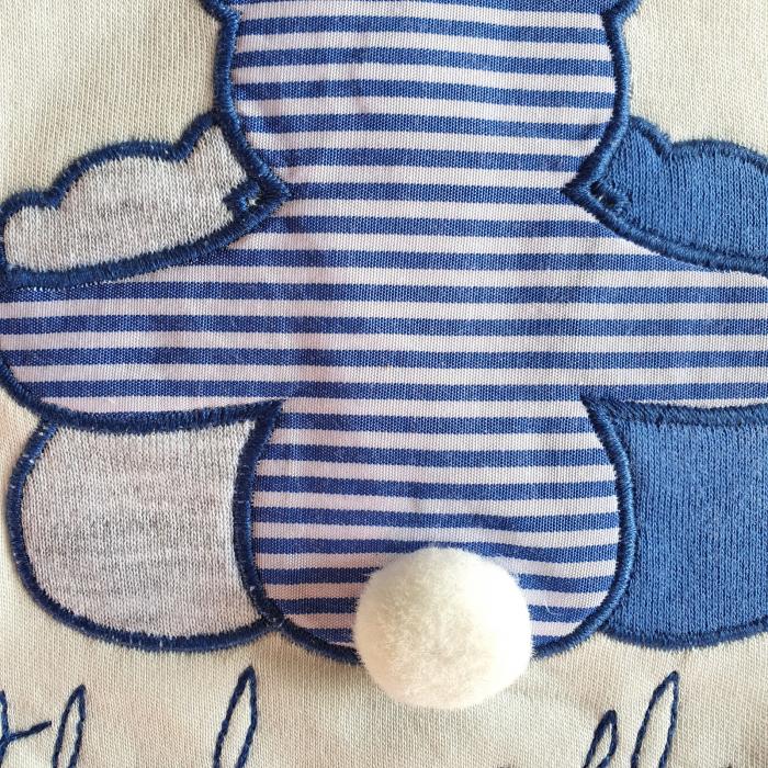 Salopeta bebe alba cu ursulet albastru 1