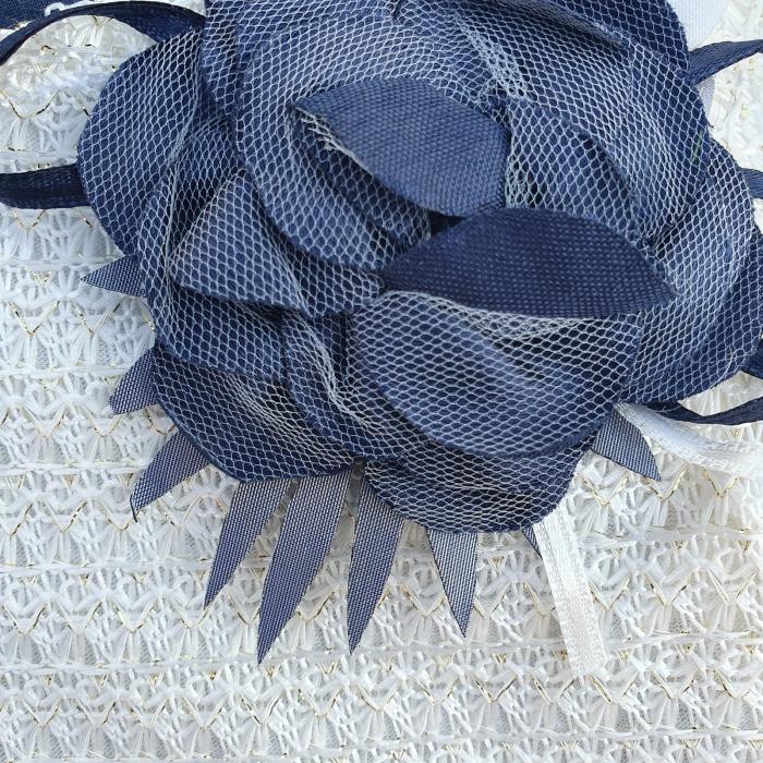 Rochita cu bolero alb si brosa trandafir 1