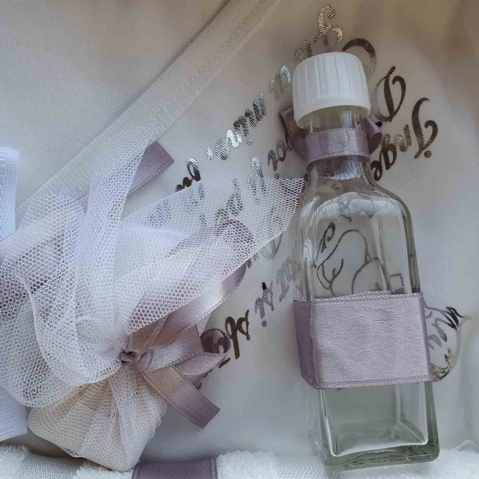 Trusou botez alb cu crem ingeras [1]
