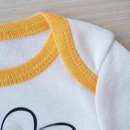 Set bebelusi body maneca scurta, pantaloni si caciulita albina bumbac 0-6 luni1