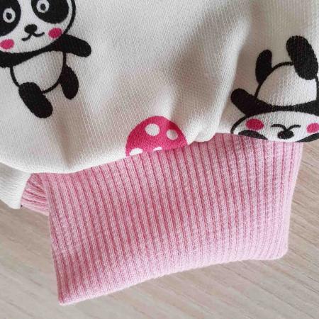 Set nou nascut 5 piese bluzita, caciulita, manusi si bavetica panda alb cu roz bumbac [2]