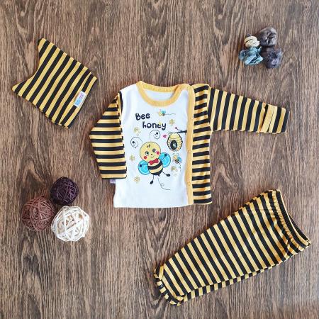 Set nou nascut bluzita, pantaloni si caciulita albinuta alb cu galben bumbac