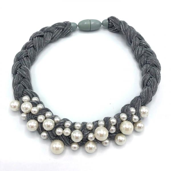 Colier dama cu perle sintetice la baza gatului [0]