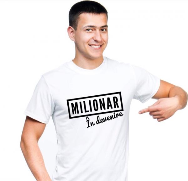 Tricou bărbătesc - Milionar în devenire 0