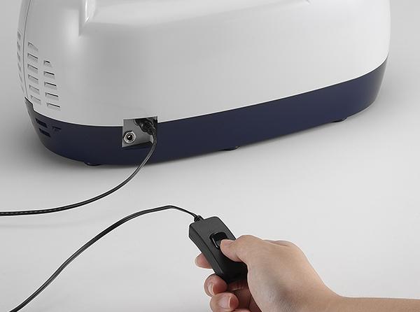 Aspirator Secretii VAC Plus, 800 ml, 600 mmHg, 24 LPM, cu baterie 6