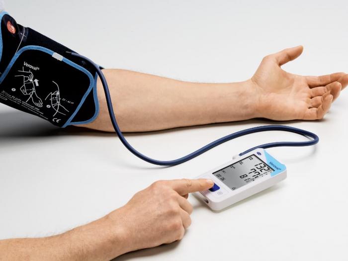 Electrocardiograf si Tensiometru cu determinarea tensiunii arteriale - Veroval ECG 1