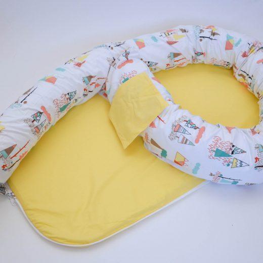 Baby nest 0-8 luni 3 in 1: culcuș, protecție pătuț și saltea. Galben și munți 1