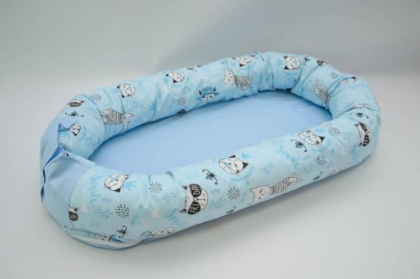 Baby nest 0-8 luni 3 in 1: culcus, protectie patut si saltea, model bleu cu pisici 0