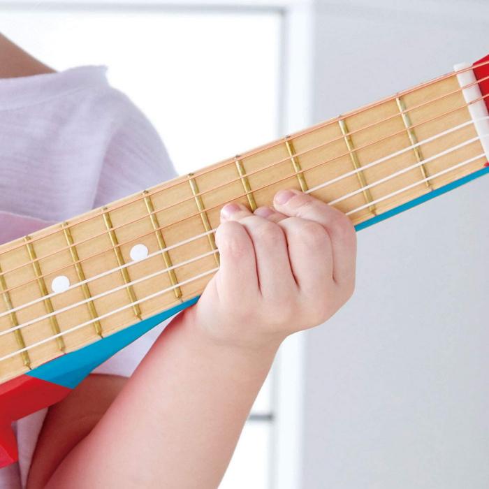 Chitara albastra vibranta, Hape [4]