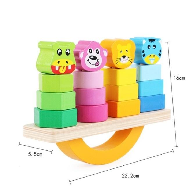 Joc lemn de echilibru, balansoar sortare forme si culori. [1]