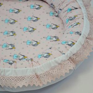 Baby Nest 0-6 luni, compact, model roz și balerine cu insertie dantela pe margini1