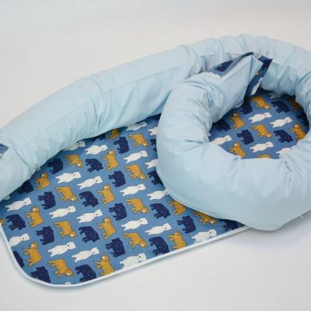 Baby nest 0-8 luni 3 in 1: culcuș, protecție pătuț și saltea, model cu urși pe bleumarin [1]