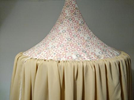 Baldachin de tavan crem cu caciula cu cercuri diametru 75 cm1