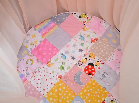 Paturică pentru baldachin, ovală, tip patchwork imprimeu fetite0