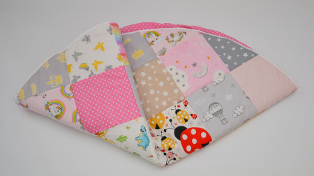 Paturică pentru baldachin, ovală, tip patchwork imprimeu fetite1