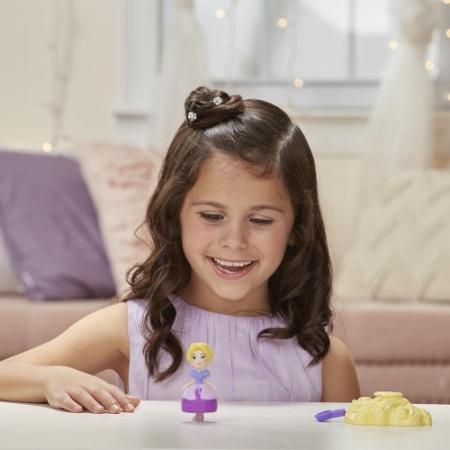 Printesa Rapunzel Cu Suport Rotativ [2]