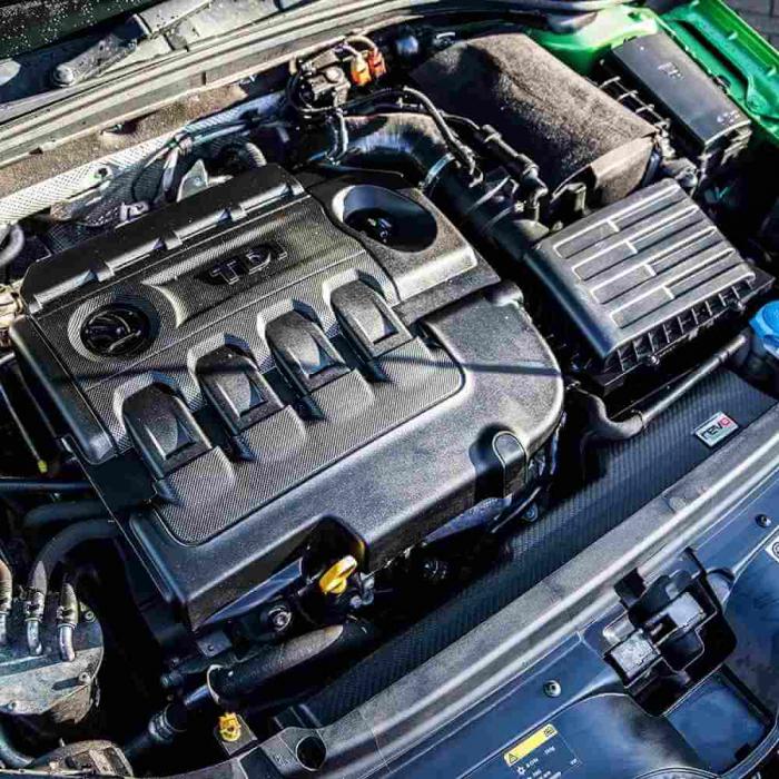 G17316_Meguiars_Engine_Dressing_dressing_compartiment_motor_473ml [4]
