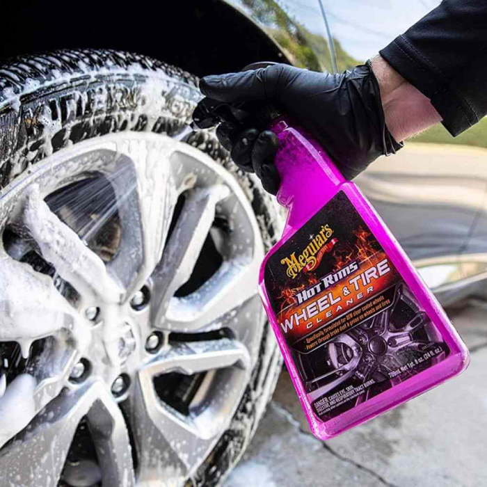 G9524_Meguiars_Hot_Rims_Wheel_and_Tire_Cleaner_Solutie_curatare_jante_709ml [1]
