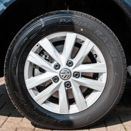 G192315_Meguiars_Ultimate_Tyre_Shine_Dressing_cauciucuri_425gr [2]
