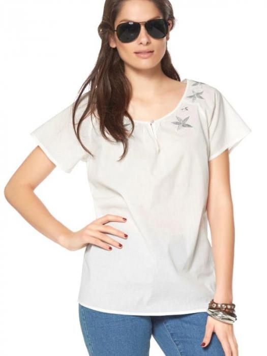 Bluza alba cu imprimeu 0