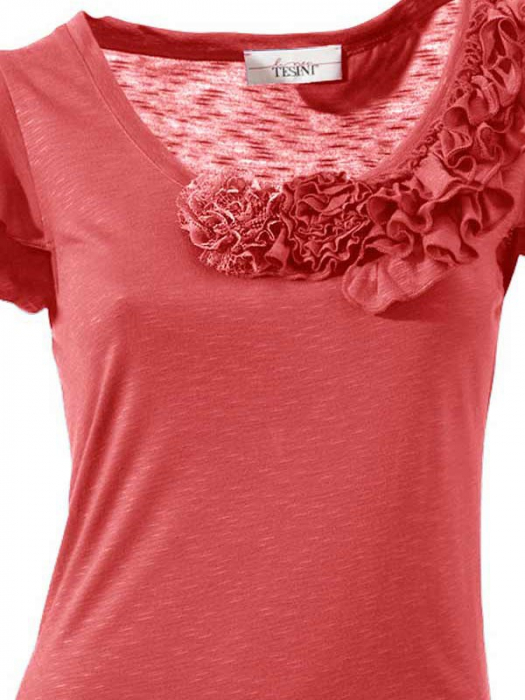 Bluza cu decoratiuni textile 1