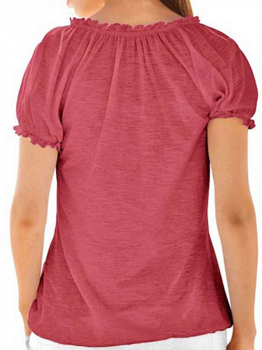 Bluza rosie cu broderie 1