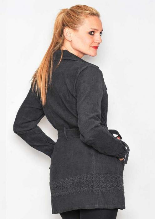 Jacheta neagra lunga femei 1